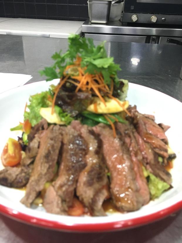 Bulgogi beef salad